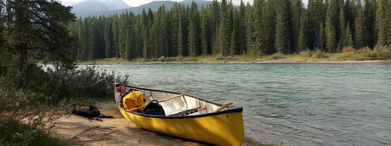 Camping mit Kanu oder Kajak