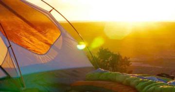 Zelten im Sommer bei Hitze